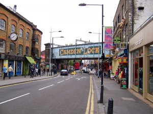Transfer from Luton Airport to Camden NW1