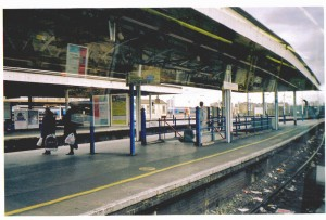 Luton Taxi Transfer to Clapham Junction Station