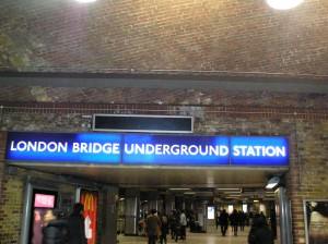 luton taxi transfer to london bridge station